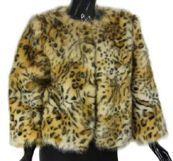 Coney Fur Poncho - Cream - ( Genue Fur )Coney Fur Poncho - Cream - ( Genue Fur )